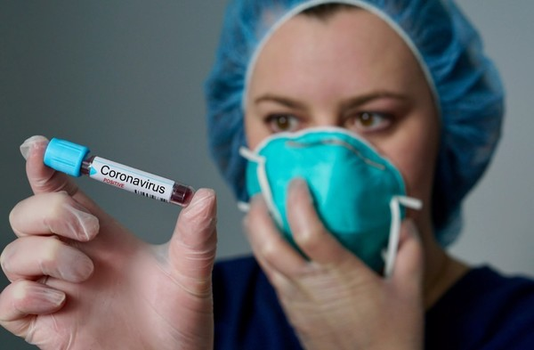 Можно ли заразиться коронавирусом в бассейне