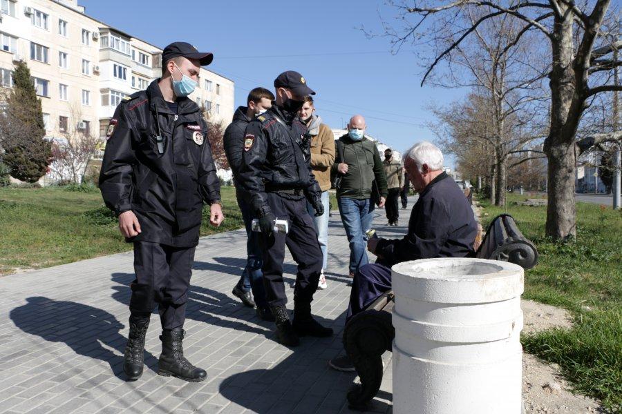Какое грозит наказание за нарушение карантина и самоизоляции в России и разных странах