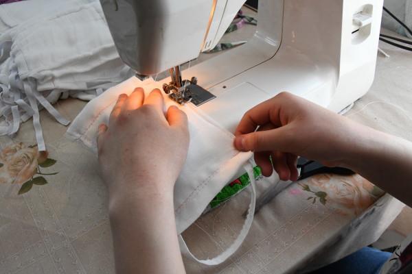 Как сшить медицинскую маску из ткани