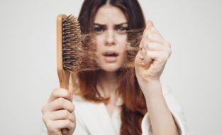 Почему после коронавируса сильно выпадают волосы у женщин и мужчин