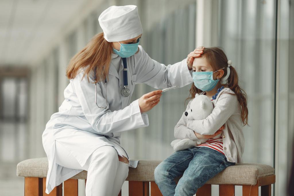 Симптомы коронавируса у подростка по дням и его лечение